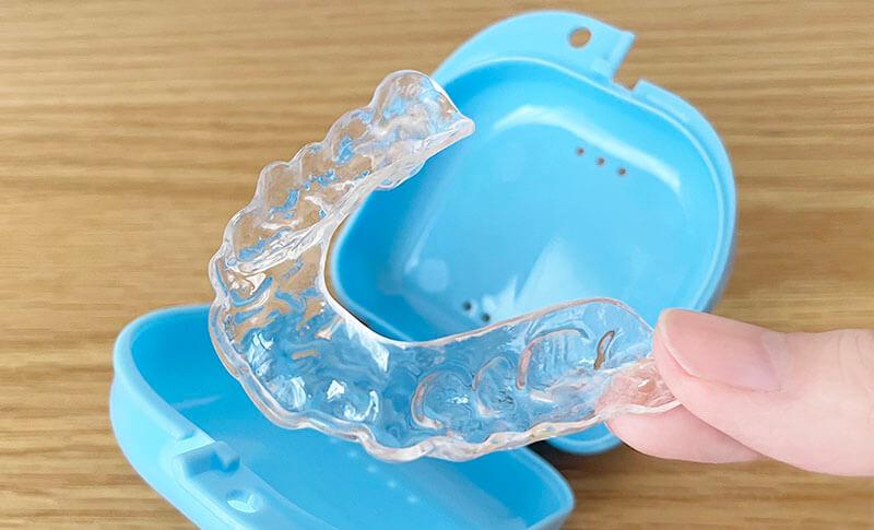 歯ぎしり用マウスピース取り付け